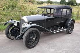 Bröderna Walter O Bentley och Horace M Bentley registrerade sitt bilföretag år 1919. De hade sålt franska bilar på den engelska marknaden före första världskriget.