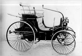 Peugeot Typ 2 var första bensindrivna bilen från 1890.