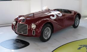 Ferrari, en italiensk lyx-sportbil, skapades av Enzo Ferrari år 1939. En prototyp byggdes före krigsutbrottet 1940. Först sju år senare presenterades den första bilen som byggts av Enzo.Bilen benämndes Typ 125