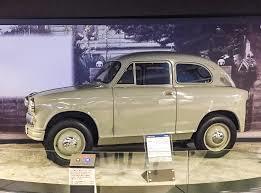 Suzuki Motor Co. Ltd och. lanserade bilen Sunlight.